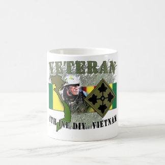 Vietnam-4th Inf Div (No CIB) Coffee Mug