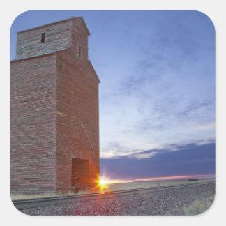 Vieux grenier à Collins Montana au lever de soleil Sticker Carré