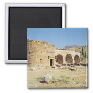 View of a triumphal arch magnet