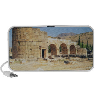 View of a triumphal arch portable speakers