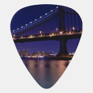 View of Manhattan bridge at night Guitar Pick