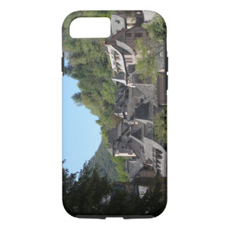 View of the medieval village (photo) iPhone 7 case