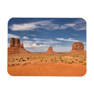 View of the Mittens, Monument Valley Magnet