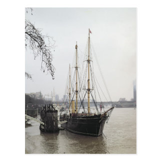View of the River Thames with RRS Discovery Postcard