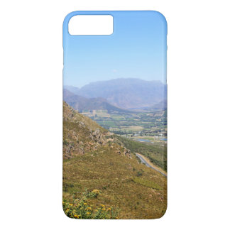 View over the South African town of Franschhoek iPhone 7 Plus Case