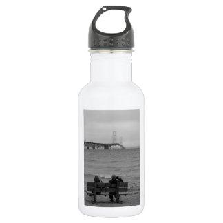 Viewing Mackinac Bridge Grayscale 532 Ml Water Bottle