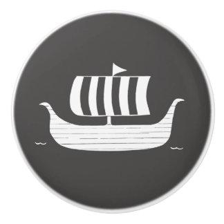 Viking ship/longboat with custom background color ceramic knob