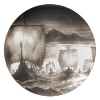 VIKING SHIPS DINNER PLATES
