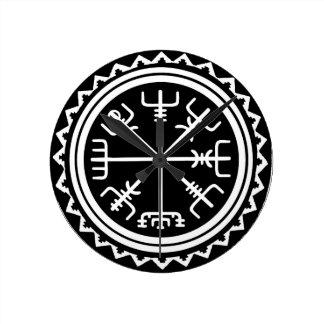 Viking Vegvisir Compass Round Clock