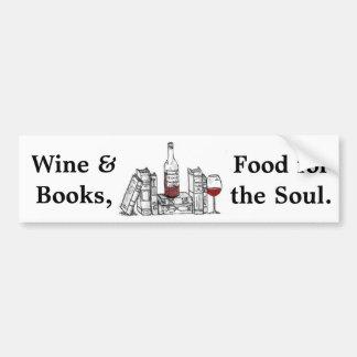 Vin et livres, nourriture pour l'âme autocollant de voiture