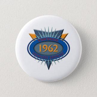 Vintage 1962 2 inch round button