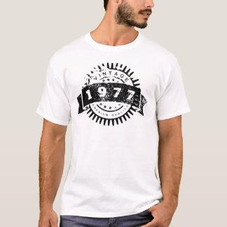 Vintage 1977 Premium Quality T-Shirt