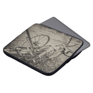 Vintage agricultural machine laptop sleeve
