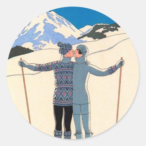 Vintage art deco love romantic kiss on skis snow round for Proantic art deco