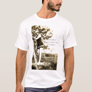 Vintage beauty in South Walton, Florida T-Shirt