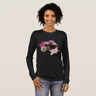 Vintage camera with flowers long sleeve T-Shirt