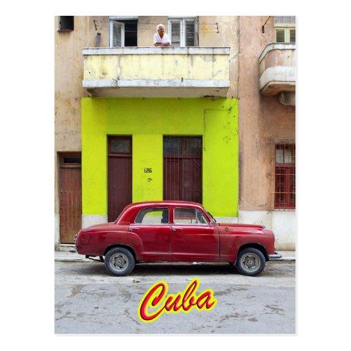 Vintage cars and old facades, Havana, Cuba Post Card
