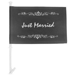 Vintage Chalkboard Just Married Car Flag