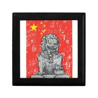 vintage china chines statue gift box