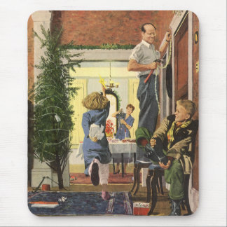Vintage Christmas, Family Decorating the House Mouse Pad
