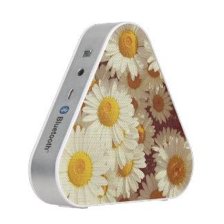 Vintage daisies speaker