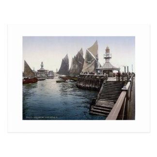 Vintage England   Lowestoft Pier Head 1890's Postcard