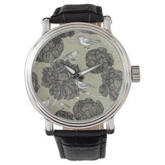 Vintage Floral Birds Wristwatch