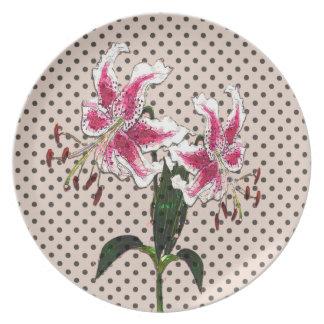 Vintage flowers dinner plates