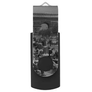 Vintage France Paris Triumphal arch Swivel USB 3.0 Flash Drive