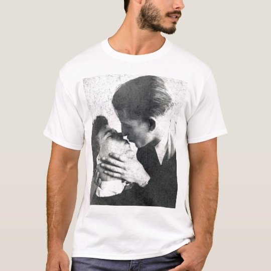 Vintage Gay Couple Passion Kiss T-Shirt