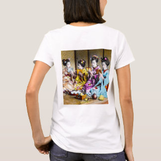 Vintage Geisha Checking Their Makeup at Tea Japan T-Shirt