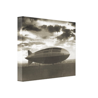Vintage historic airship, R101 at Cardington Canvas Print