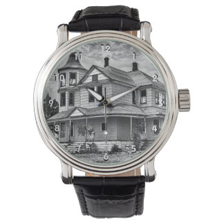 VINTAGE HOUSE WATCH