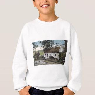 Vintage Irish thatched cottage St. Patricks Day Sweatshirt