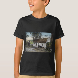Vintage Irish thatched cottage St. Patricks Day T-Shirt