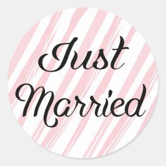 Vintage Just Married Pink & White Stripes Wedding Round Sticker