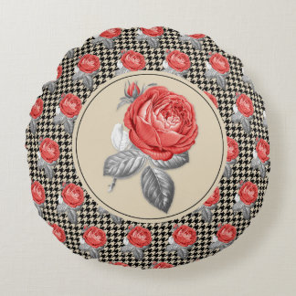 Vintage pink roses and houndstooth pattern round pillow