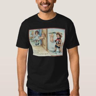 Vintage Retro Cherubs Helping A Couple Valentine T-shirt