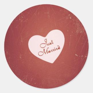 Vintage Retro Style Just Married On Antique Red Round Sticker