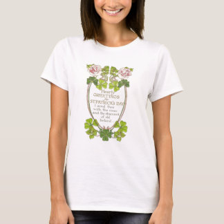 Vintage Roses Four Leaf Clovers St Patrick's Day C T-Shirt