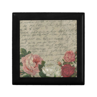 Vintage roses gift box