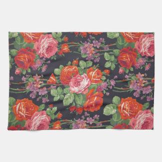 Vintage roses pattern kitchen towel