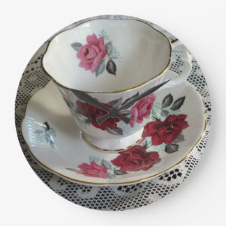 Vintage Royal Albert Red Roses Tea Cup Clock
