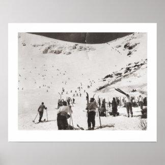 Vintage ski  image, Skiers on the piste Poster
