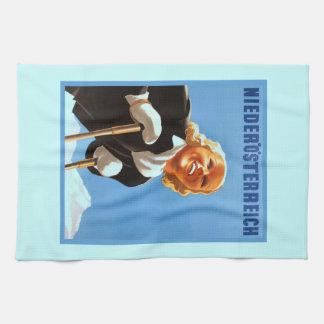 Vintage Ski poster Niedosterreich Kitchen Towel