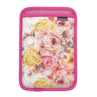 Vintage spring floral bouquet grunge pattern iPad mini sleeve