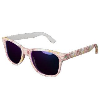 Vintage spring floral bouquet grunge pattern sunglasses
