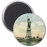 "Vintage ""Statue of Liberty"" Poster. New York. 2 Inch Round Magnet"