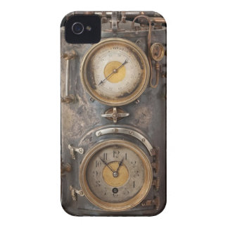 Vintage Steam Punk Clock iPhone 4 Case-Mate Case