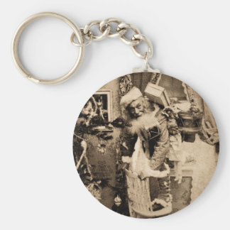 Vintage Stereoview - Christmas Delivery Key Chain